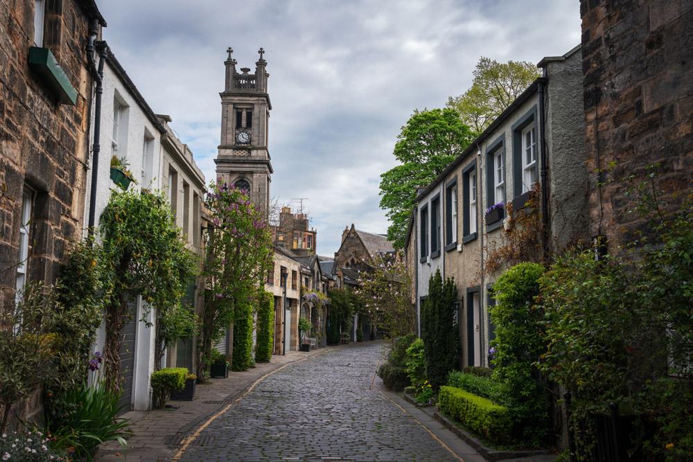 Picturesque Circus Lane cobbled street in Edinburgh