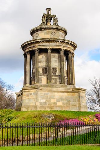 Burns Monument in Edinburgh