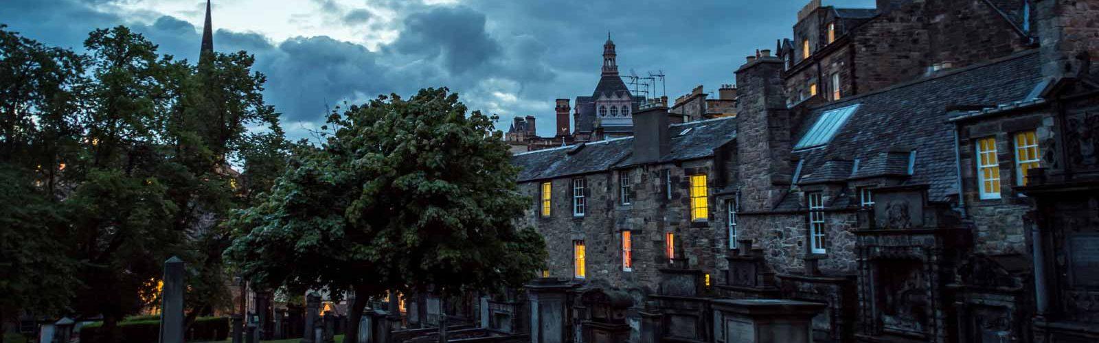 Greyfriars Kirkyard at night