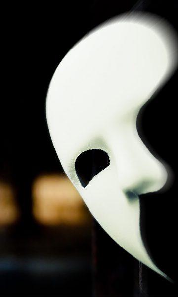 A phantom of the opera mask