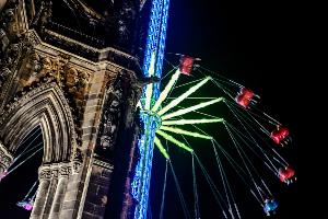 Edinburgh's Christmas star flyer next to Scott Monument