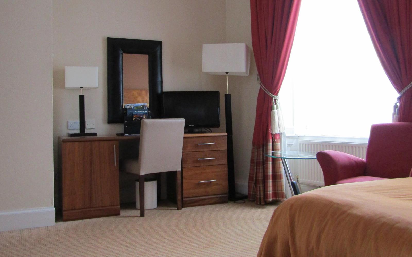 Double or Twin Room, Edingburgh Hotel