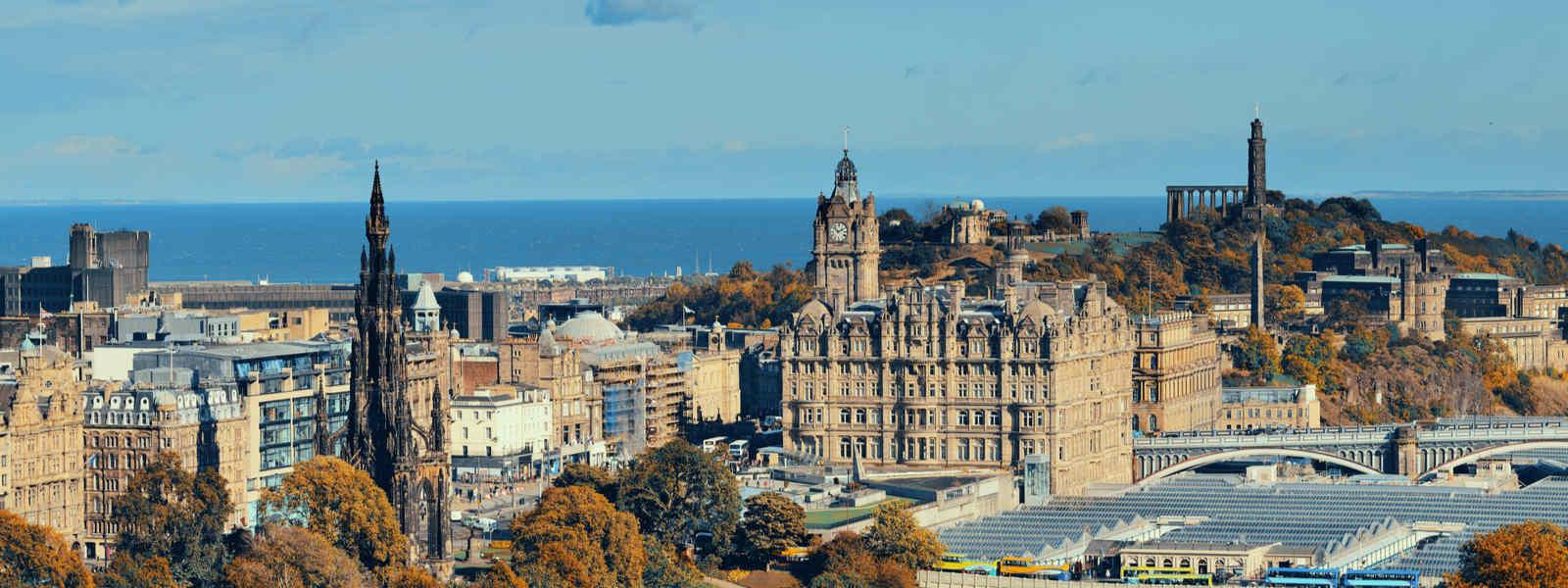 Panoramic view of Edinburgh from Arthur's Seat