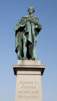 Statue of George IV on George Street