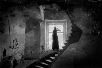 Haunting figure of a woman ghost in Edinburgh