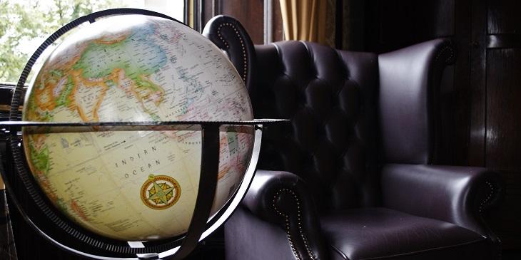 Globe at Parliament House Hotel