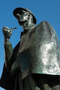 Statue of Sherlock Holmes in Edinburgh