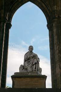 Statue of Walter Scott beneath Scott Monument