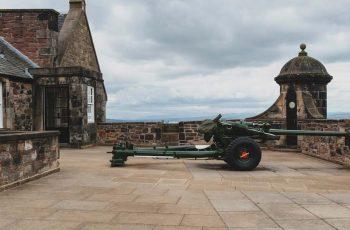 The One O'Clock Gun at Edinburgh Castle